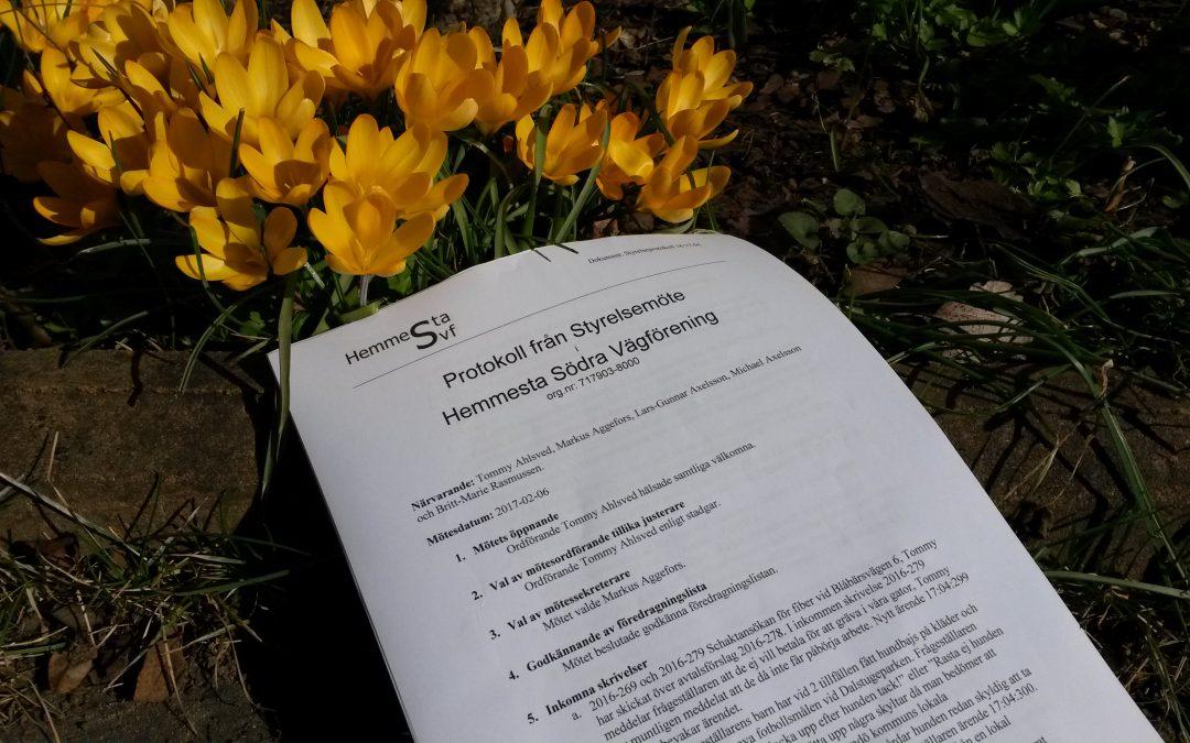 Protokoll 1617-04 finns nu på hemsidan