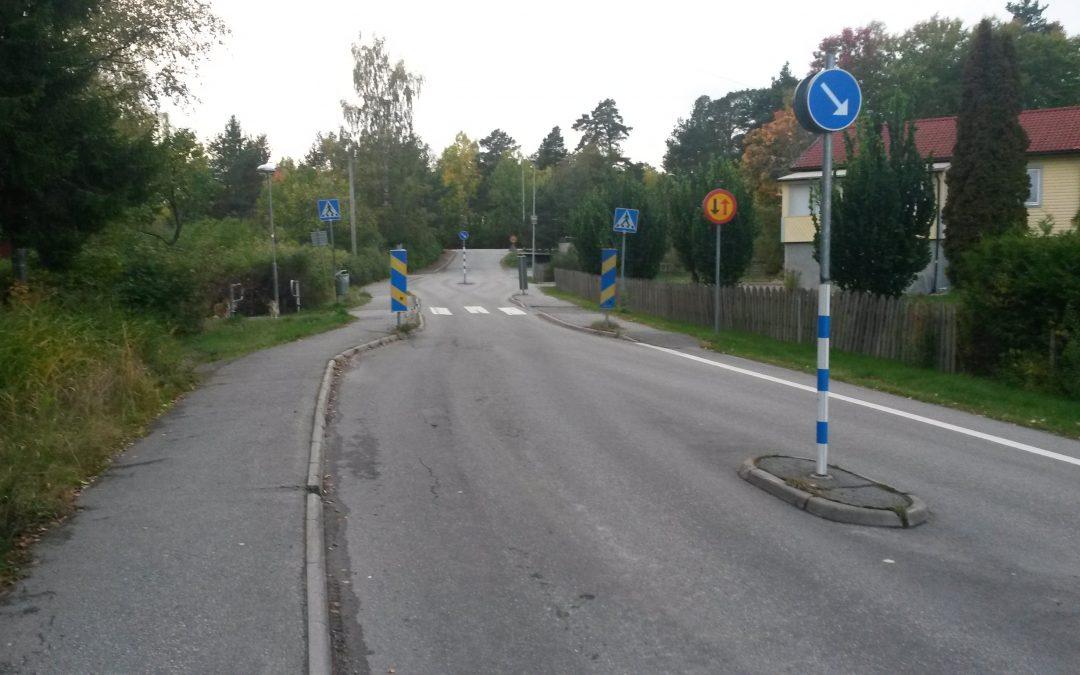 Asfaltering av början på Hemmesta Dalväg i morgon torsdag 2017-10-19